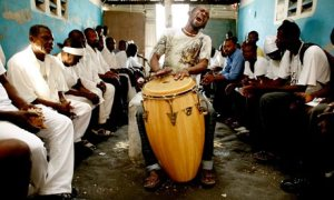 a-haitian-voodoo-priest-p-001_jpg_640x860_q85